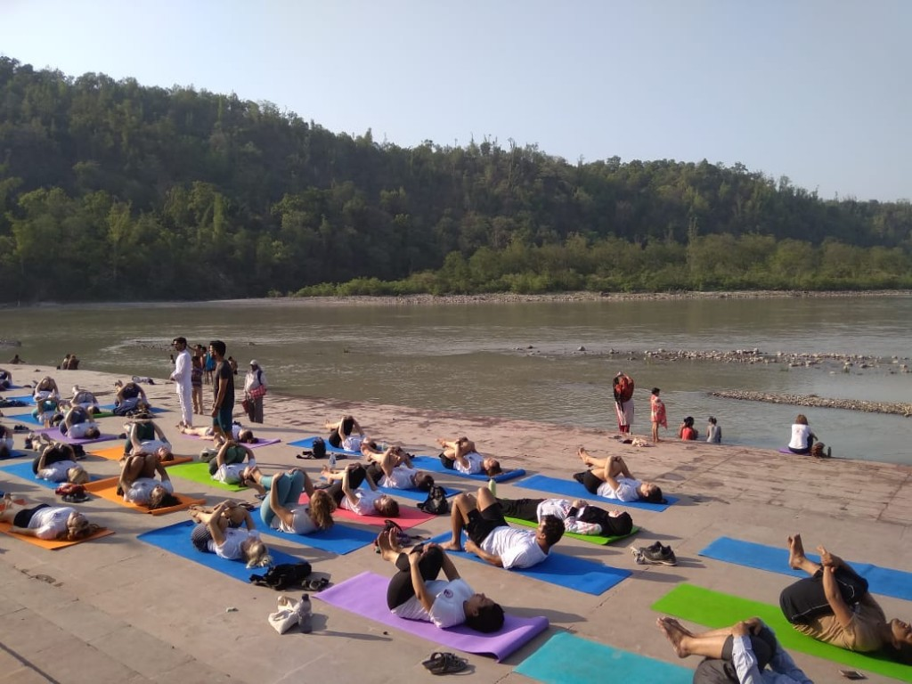 yoga-near-river-ganga