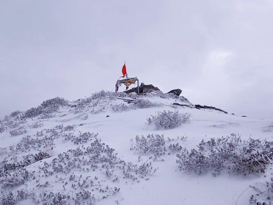 tungnath-temple-snow
