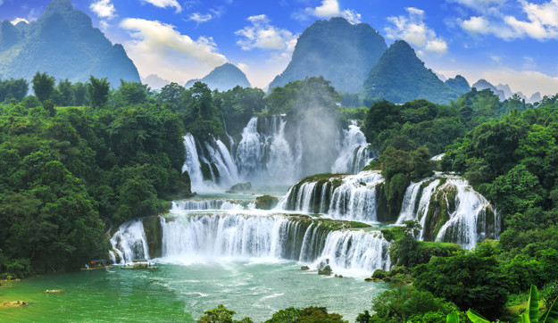 waterfalls-in-asia