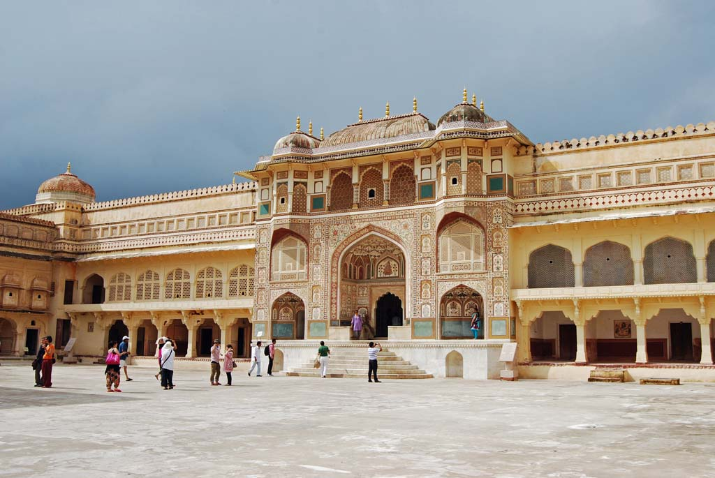 Tour to Jaipur - Amber Fort Jaipur Rajasthan India