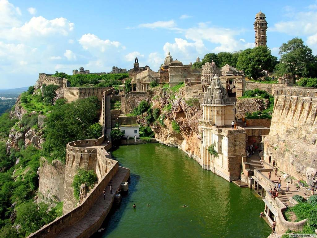chittorgarh tour packages, chittorgarh travel packages, palces to visit chittorgarh fort