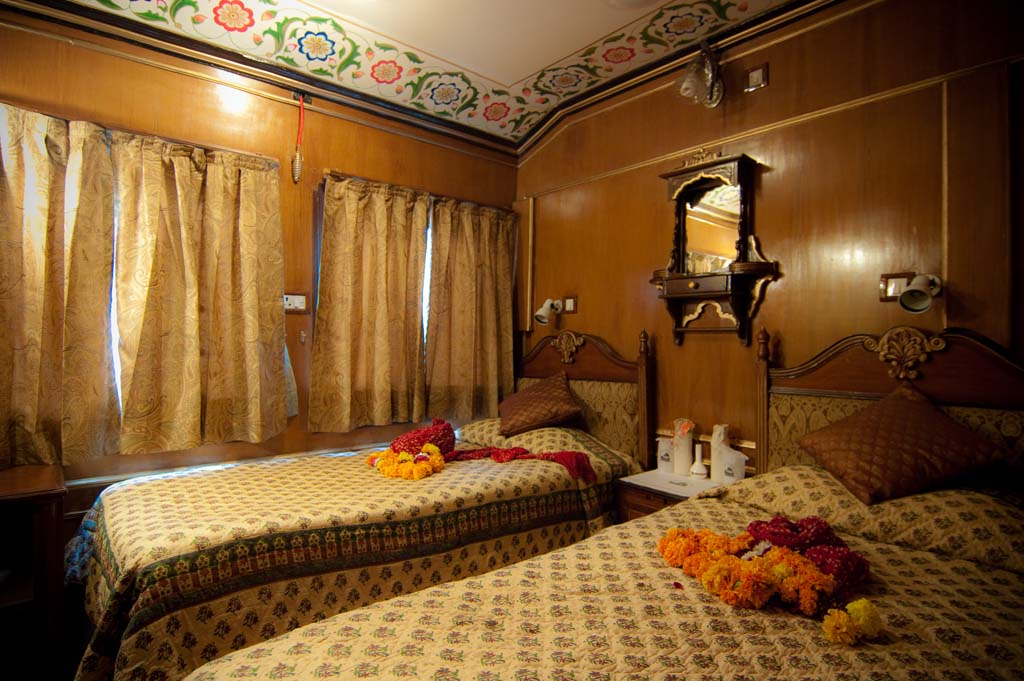 Deluxe Bedroom - Palace on Wheels Luxury Train Tour