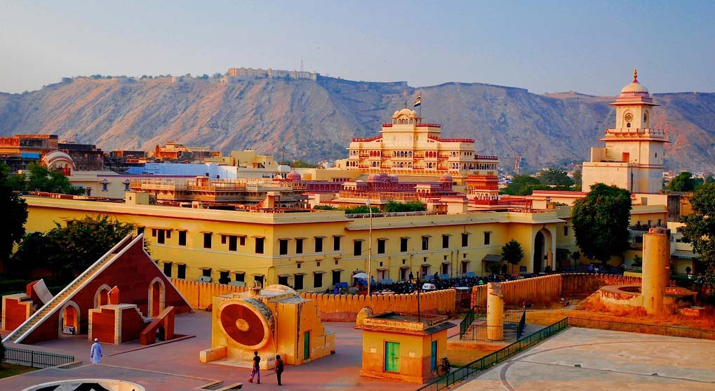 Jantar Mantar - City Palace - Jaigarh Fort