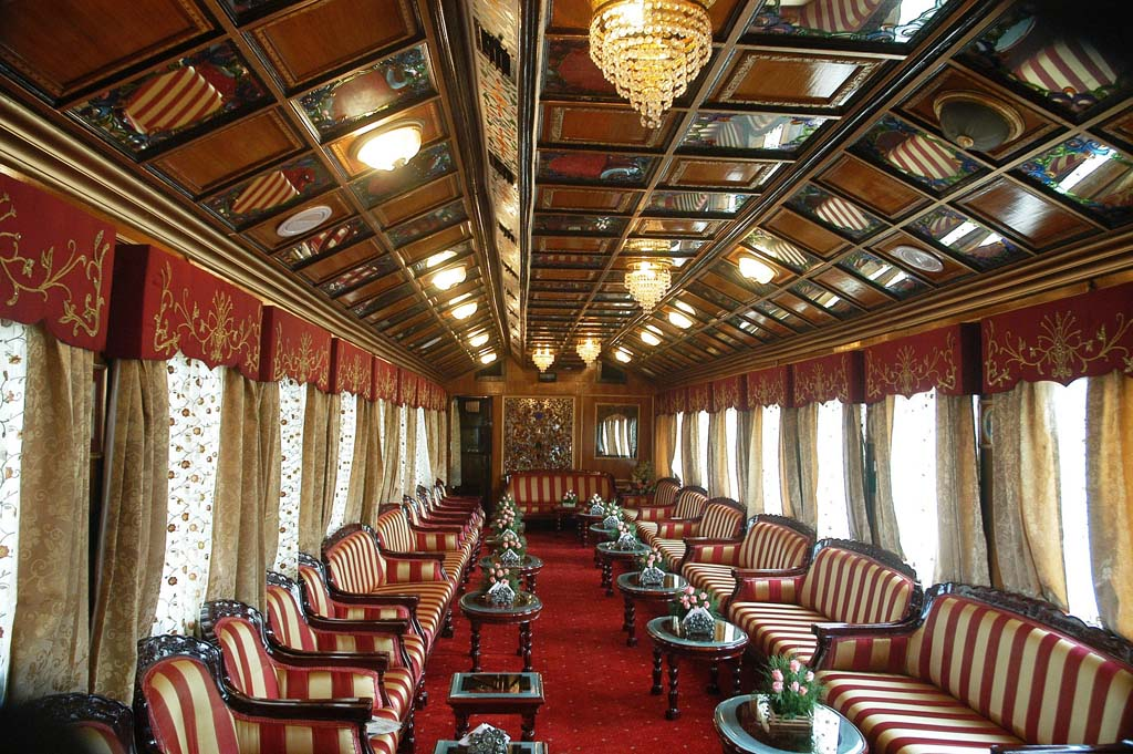 Lounge Area - Palace on Wheels India